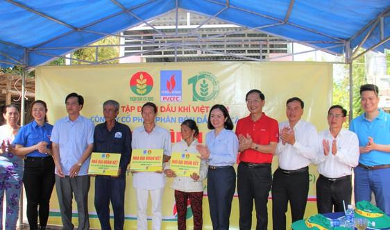 Petrovietnam, PVCFC bàn giao 3 nhà đại đoàn kết tại tỉnh Cà Mau