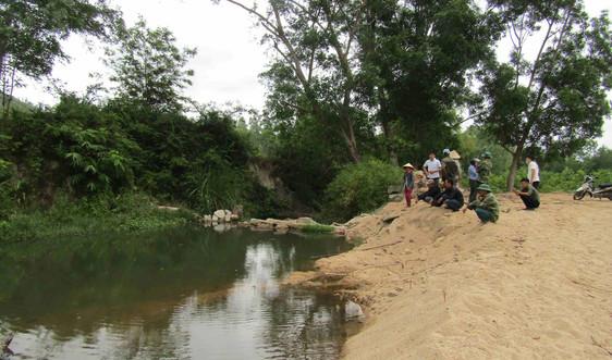 Bình Định: Một học sinh tử vong do hố khai thác cát trái phép
