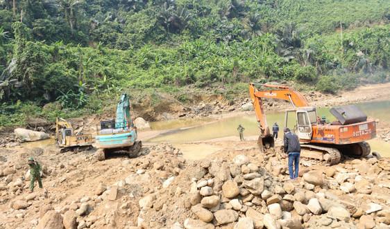 Tiếp tục tìm kiếm các nạn nhân mất tích trong vụ sạt lở thủy điện Rào Trăng 3 vào ngày 1/7