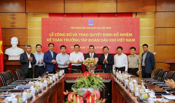 PetroVietnam công bố và trao quyết định Kế toán trưởng Tập đoàn