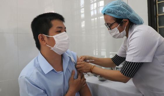 Thừa Thiên Huế triển khai tiêm vắc xin phòng dịch COVID - 19