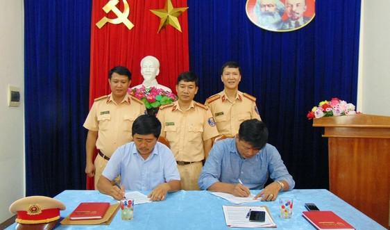 Quảng Nam: Doanh nghiệp vận tải ký cam kết tuân thủ Luật Giao thông đường bộ