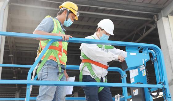 Công ty Lee & Man Việt Nam quan tâm đầu tư nguồn nhân lực, nâng cao đời sống cho công nhân viên