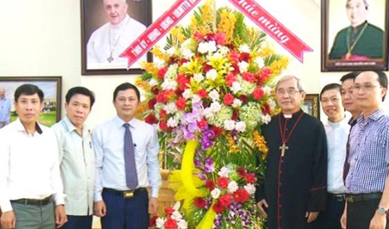Hà Tĩnh chúc mừng Tân Giám quản Tông tòa