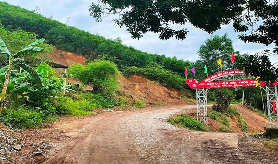 Quảng Bình: Người dân phản đối việc cấp phép mỏ đất tận thu tại khu vực sạt lở Thuận Hóa
