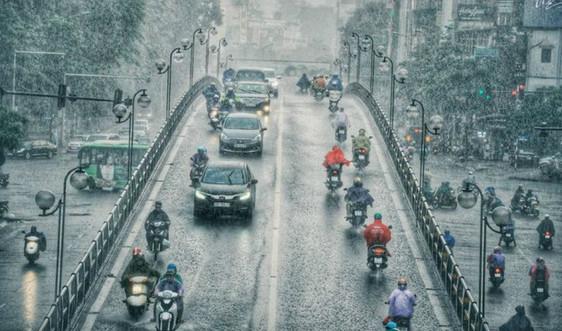 Dự báo thời tiết 4/5: Cảnh báo lốc, sét, mưa đá, gió giật mạnh ở Bắc Bộ