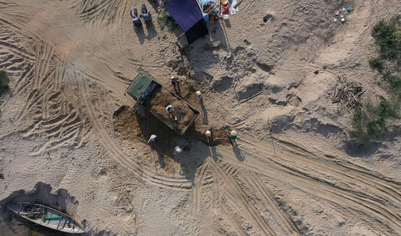 Quảng Ngãi: Nhanh chóng tổ chức đấu giá các mỏ cát trên sông Trà Khúc