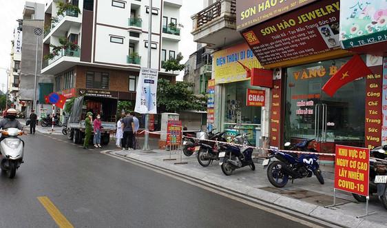 TP.Hạ Long phong toả 2 khu phố có F1 liên quan đến bệnh nhân tại Hà Nội