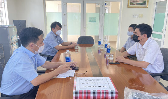 Thừa Thiên Huế: Động viên người lao động trực vận hành lưới điện trong tình hình COVID - 19
