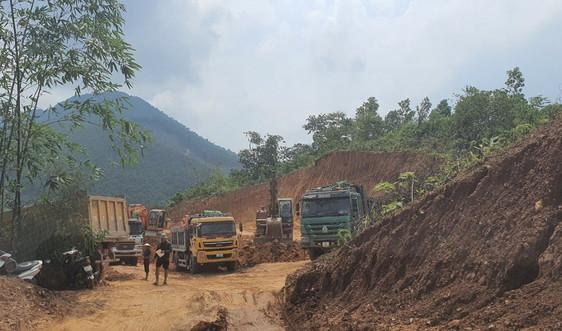 Thái Nguyên: Xã Cù Vân vào cuộc ngăn chặn vụ khai thác đất trái phép