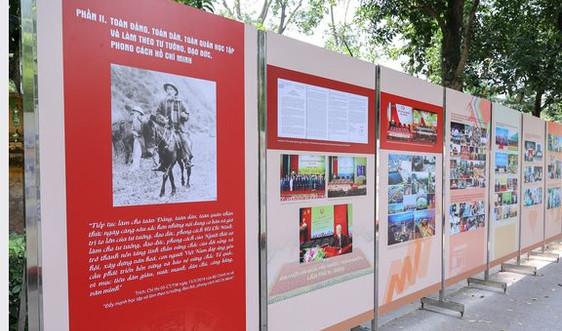 Trưng bày hơn 300 tư liệu quý về về tấm gương đạo đức cách mạng Hồ Chí Minh
