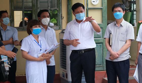 """Thứ trưởng Bộ Y tế Đỗ Xuân Tuyên: """"Tôi đánh giá rất cao sự tương trợ giữa các địa phương"""""""