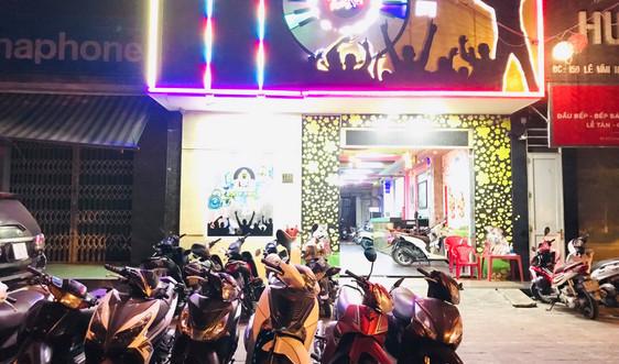 Đà Nẵng: Phát hiện 11 nam, nữ tụ tập hát karaoke giữa dịch Covid-19