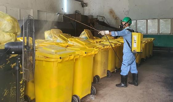 """Xử lý rác thải trong khu cách ly: Biến nỗi sợ thành """"không đáng sợ"""""""