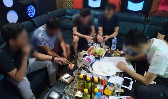 Cao Bằng: Bắt giữ 10 đối tượng sử dụng ma túy trong quán karaoke