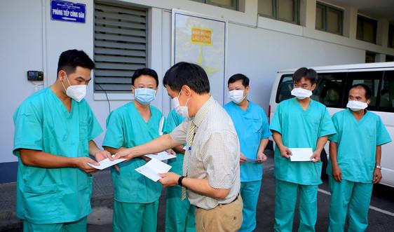 Y, bác sĩ Bệnh viện Trung ương Huế lên đường hỗ trợ tỉnh Phú Yên chống dịch COVID - 19