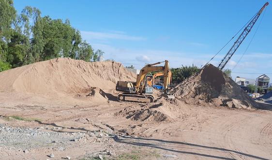 Bến Tre: Xử lý nghiêm khai thác, vận chuyển và kinh doanh cát trái phép