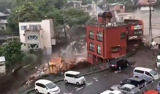 Lũ bùn nghiêm trọng ở Nhật Bản, hàng chục người mất tích