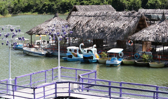 Khánh Hòa: Khu du lịch sinh thái Hải Đăng bị chấm dứt hoạt động nhưng vẫn kinh doanh