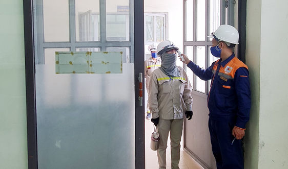 Lào Cai: Doanh nghiệp vượt khó vừa đảm bảo sản xuất vừa an toàn trong phòng chống dịch