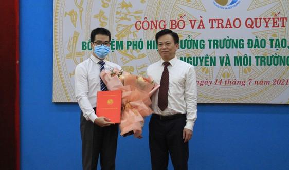 Bổ nhiệm Phó Hiệu trưởng Trường Đào tạo, bồi dưỡng cán bộ tài nguyên và môi trường