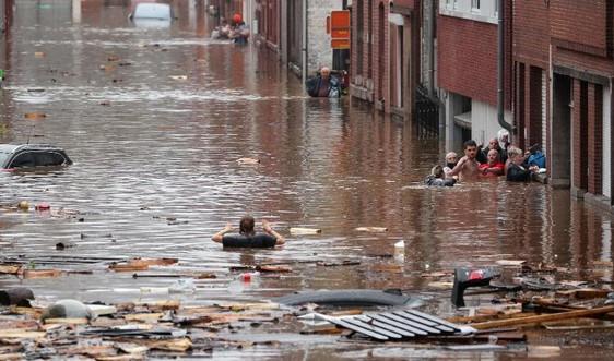 Lũ lụt nghiêm trọng hoành hành các nước Tây Âu