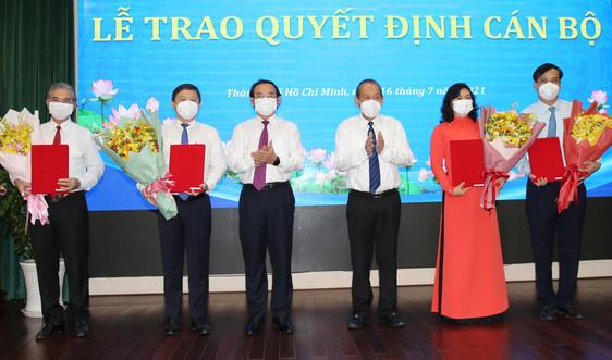 Trao quyết định của Thủ tướng phê chuẩn Chủ tịch, Phó Chủ tịch UBND TPHCM