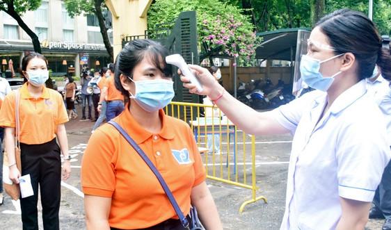 Hà Nội yêu cầu 100% đơn vị, trường học phải khai báo y tế điện tử và quét mã QR