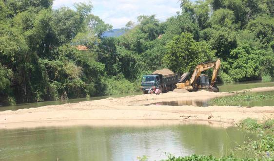 Bình Định: Công ty Minh Trực khai thác cát không đúng vị trí cấp phép