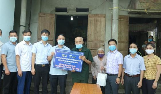 Bệnh viện Trung ương Thái Nguyên: Hỗ trợ, tri ân nhân dịp kỷ niệm 74 Năm ngày Thương binh, liệt sỹ