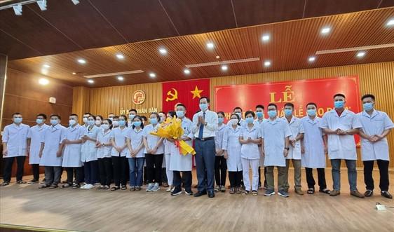 Lực lượng y tế Quảng Trị lên đường chi viện miền Nam chống dịch
