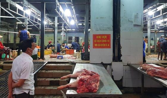 24 ca mắc Covid-19 tại Lò mổ Đà Sơn, Đà Nẵng xuyên đêm xét nghiệm