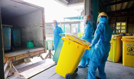 Thừa Thiên Huế: Xử lý, thu gom rác thải an toàn tại các khu cách ly COVID - 19
