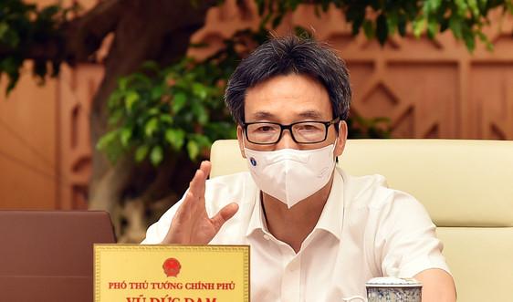 Dành vaccine phòng COVID-19 cho TPHCM