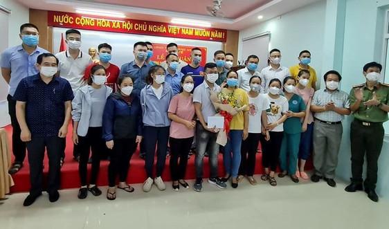 23 bác sĩ, điều dưỡng Quảng Ngãi lên đường hỗ trợ Bình Dương chống dịch