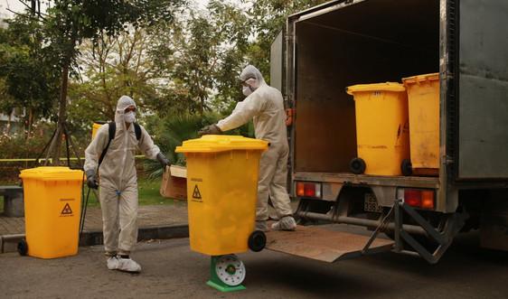 Hà Nội phòng chống Covid-19: An toàn trong thu gom xử lý rác thải mùa cách ly