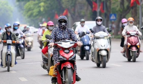 Dự báo thời tiết ngày 8/8/2021: Hà Nội ngày nắng nóng, chiều tối có mưa dông