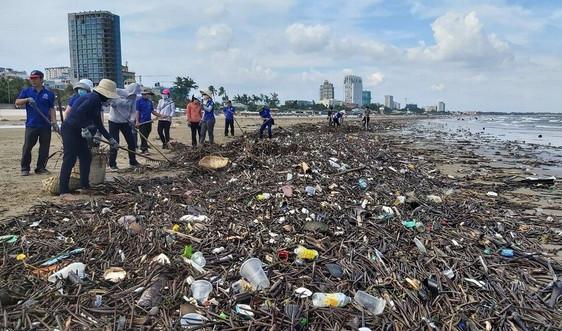 """Bài dự thi """"Cùng giữ màu xanh của biển"""": Thông điệp xanh cho môi trường biển"""