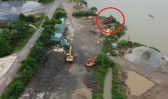 Tổng cục Môi trường đề nghị Nam Định và Thái Bình xác minh việc đổ chất thải ven sông Hồng