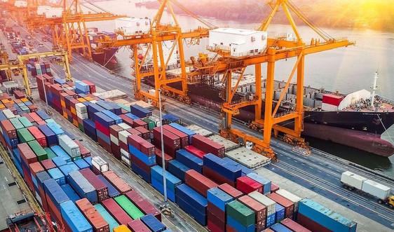 Xuất khẩu hàng hóa giảm mạnh trong nửa đầu tháng 8