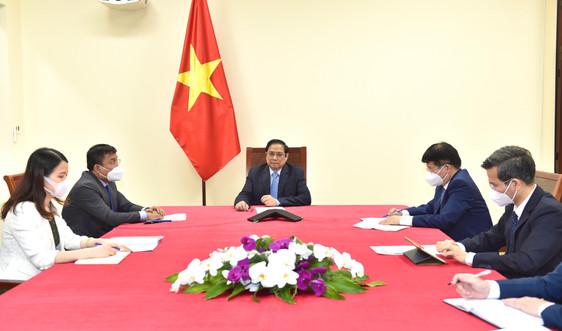 Pfizer sẽ đẩy nhanh tiến độ giao vaccine, sẵn sàng hợp tác về thuốc điều trị COVID-19 với Việt Nam