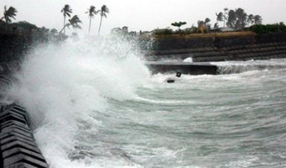 Cảnh báo mưa dông, gió mạnh và sóng lớn trên các vùng biển phía Nam