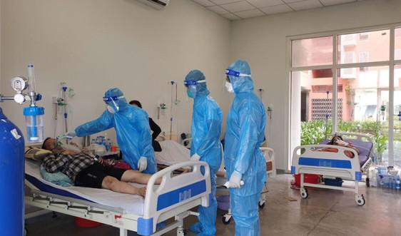 18 bác sĩ, nhân viên y tế tỉnh Quảng Trị tình nguyện ở lại bệnh viện dã chiến tỉnh Bình Dương