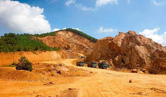 Thanh Hóa: Yêu cầu dừng hoạt động tại mỏ đất ở Nông Cống để phục hồi môi trường