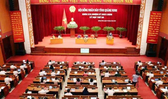 Quảng Ninh miễn 100% học phí cho học sinh các cấp trong năm học 2021- 2022