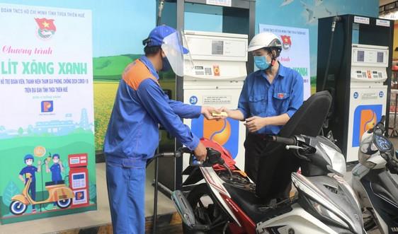 Petrolimex Thừa Thiên Huế hỗ trợ 2.000 lít xăng cho đoàn viên, thanh niên tham gia phòng, chống dịch