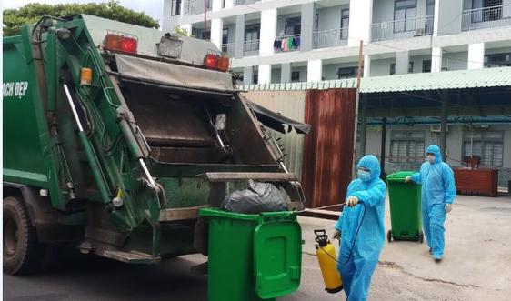 """Đà Nẵng: Không để ùn ứ rác trong giai đoạn """"ai ở đâu thì ở đó"""""""