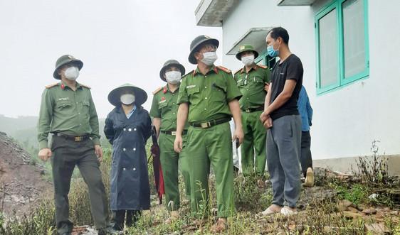 Ứng phó bão số 5 ở Thừa Thiên – Huế: Công an, biên phòng nỗ lực giúp dân