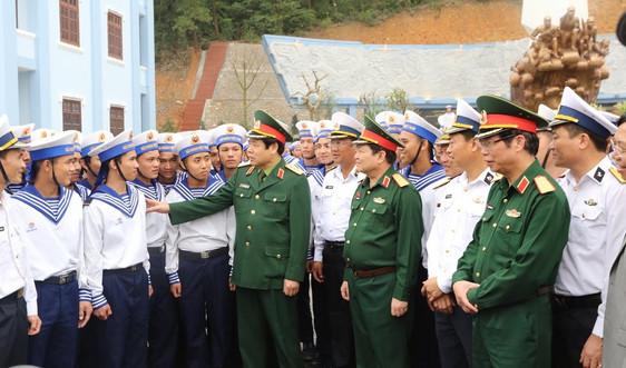 Đại tướng Phùng Quang Thanh về thăm Vùng 2 Hải quân bên bờ sông Sâu ngày ấy