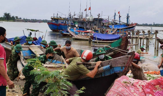 Quảng Trị: Không để người dân không ra khỏi nhà kể từ 22 giờ ngày 11/9 để tránh bão số 5